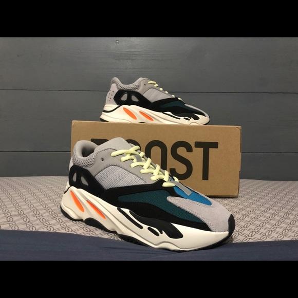 24aa79a1d3f2 Adidas Yeezy Boost 700 Wave Runner Size 9